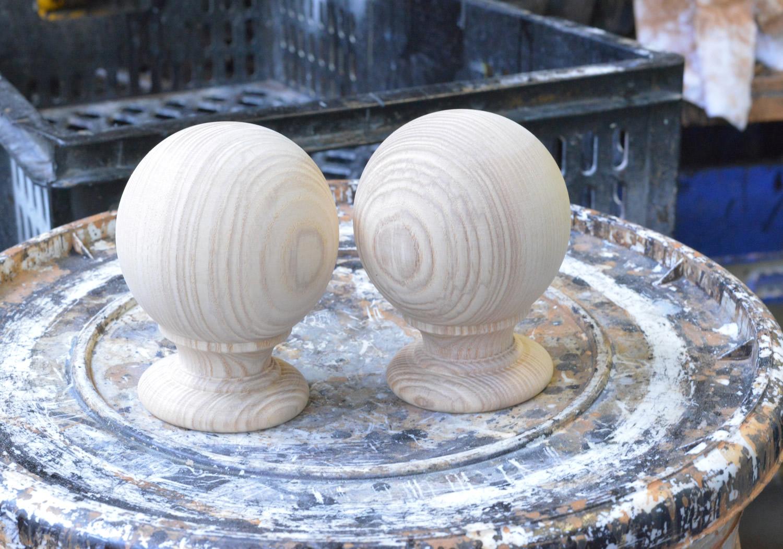 2_Spherical_finials-1500